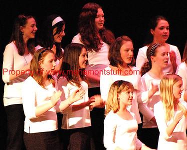 MJHS choral concert 16