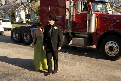 © Brad Mellema Axtell Prom 2011 23