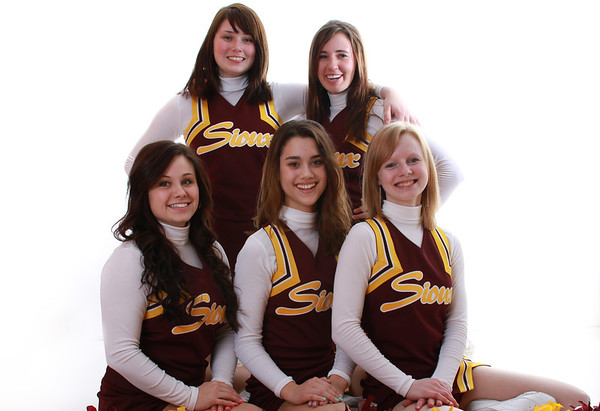 Baskeball Cheerleaders 2012