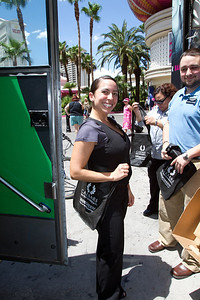 Visitors, in this case Harrahs' employees, receive tote bags.