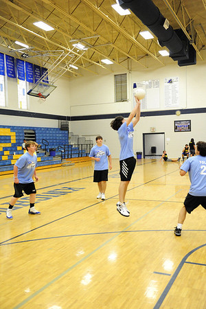 boys volley ball