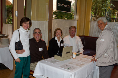 Eager participants Sue Felch '79, Alan Gaynor '67, Event Committee Co-Chair Janet Kluczynski '77, DAASV President James von Rittmann '95, and Val Armento '73 are ready to greet the breakfast's attendees.