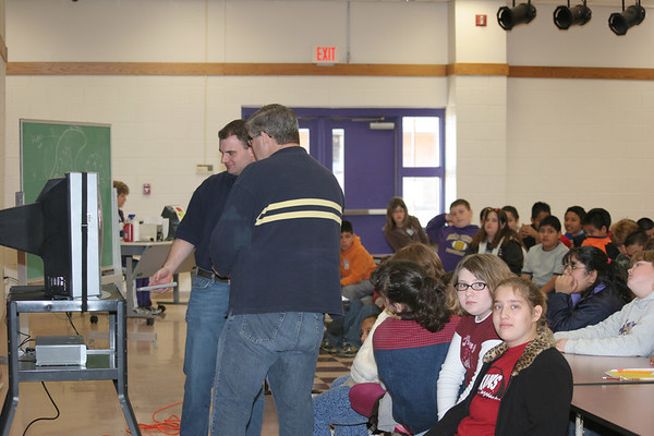 Channel 5 - Weather Man Brad F. visits Heavener.