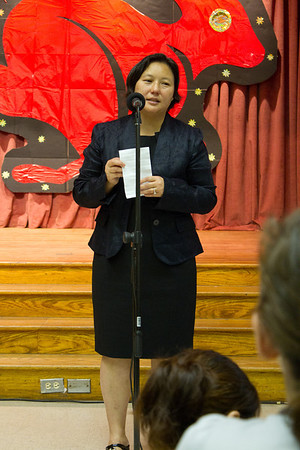 董事長致詞 - 禇佳霓 (Remarks from school board chair Dr. Jia-Ni Chu)  Chinese School of Delaware 2011 Commencement Ceremony, 6/5/2011
