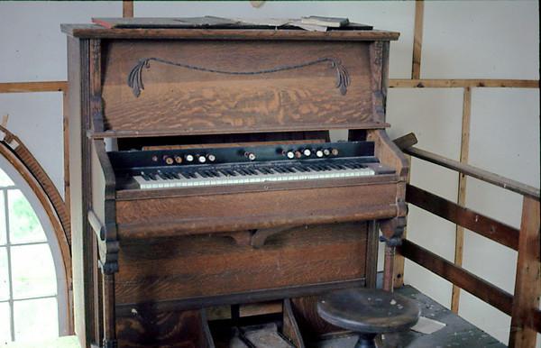 The organ at Hunter Point, Quebec.