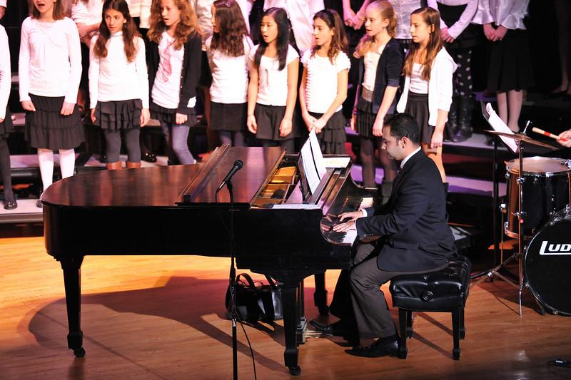 JJMS_Jan2010_6thGrade_Chorus_09