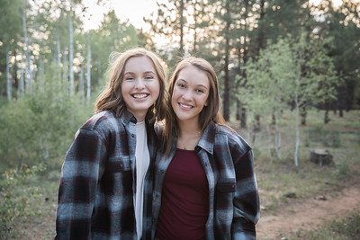 S E N I O R S | Class of 2019 Maddie and Izzy-1