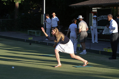 Katherine Loarie T'09 displays a strong roll of the jack.