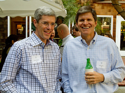 Peter Kidder '83 and Mid-Peninsula District Enrollment Director Jeff Crowe '78 are enjoying themselves!