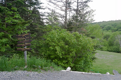 Day 2 - The Lodge is the trailhead for several popular outings - some destinations are shown on the guidepost