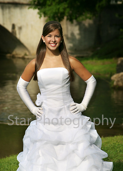 Milligan Debutante Madison Barnett 2008