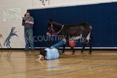 2009 Donkey basketball-52