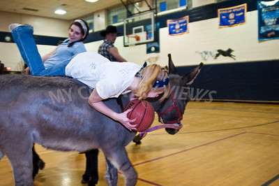 2009 Donkey basketball-69