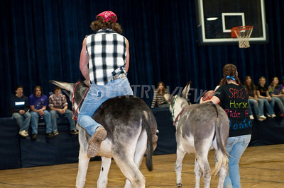 2009 Donkey basketball-60