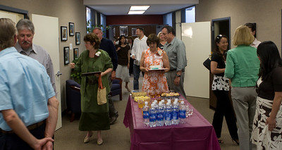 Following the recognition session, there was a reception in the District Office.