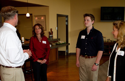 James von Rittmann, DAASV President, and Cameron Bilger, DAASV Parent Committee Co-Chair  greeted Kirsten and Charles Pickford
