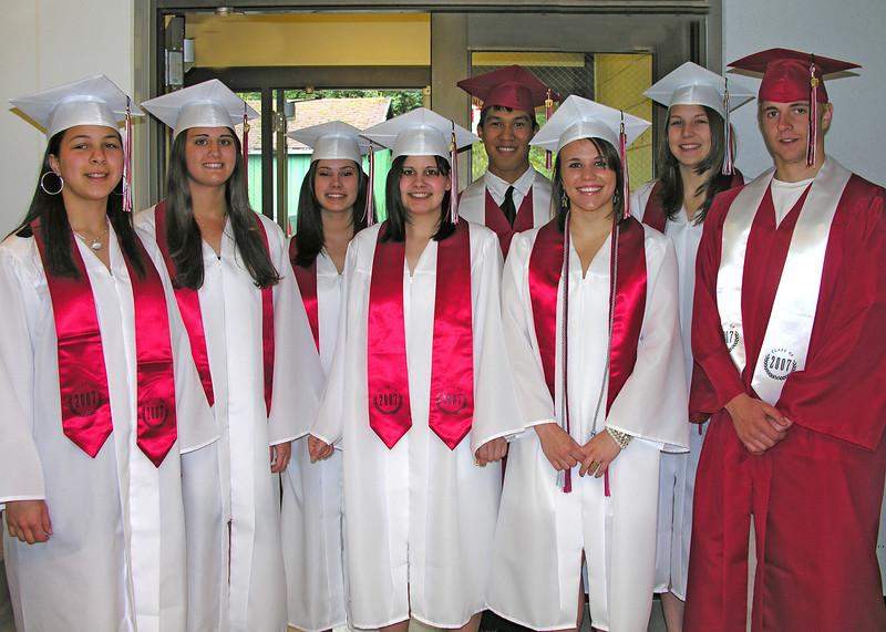 READY TO FACE THE WORLD!!<br /> from the left, Stephanie, Naomi, Molly, Rachel, Dustin, Tatiana, Jennifer, Kyle