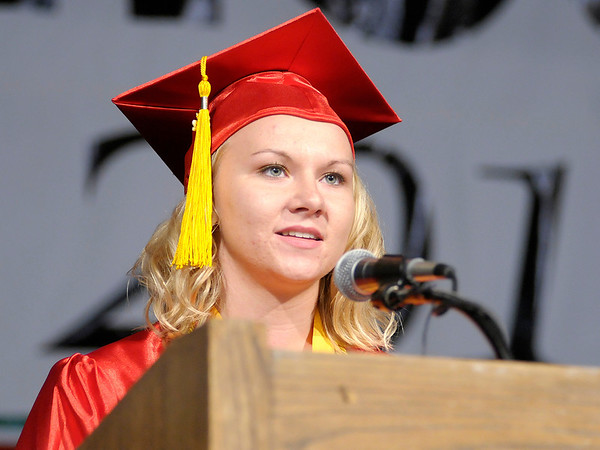 Kelli Sears gives the Commencement Address.