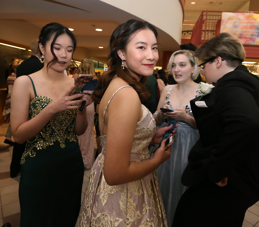 . Groton-Dunstable pre-prom gathering at the high school. (SUN/Julia Malakie)