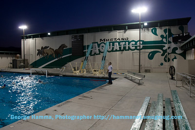 (9/2008) With the new lights, pool activity can continue after dark.