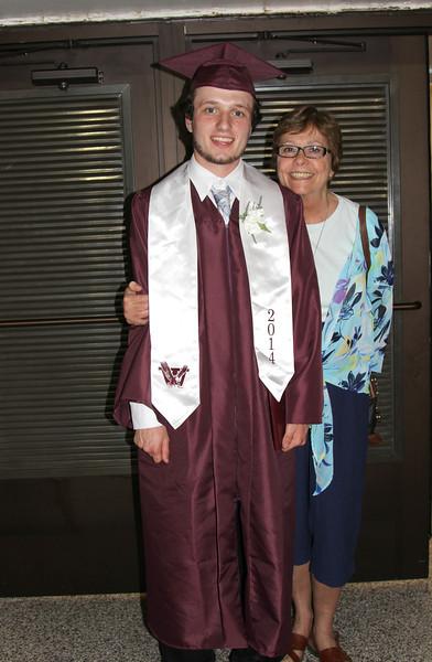 dpi bl l hs crop  Anthony Windham High School Class of 2014 Graduation 044