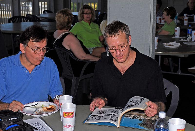 Picnic Eric Rowbothom & Michael Wollin