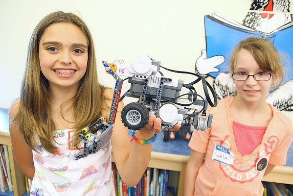 Students make Mars Rovers at Briggs School