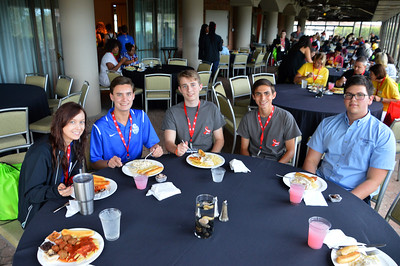 Sunday Dinner Westin Patio - Ms. Maguire, Patrick Davis '18, Joey Rooth '18, William Rodriguez '19, Jacob Snelling '18