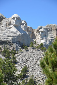 The Four Great Faces : George Washington, Thomas Jefferson, Theodore Roosevelt, and Abraham Lincoln - chosen for their contributions to pivotal moments in the history of the US