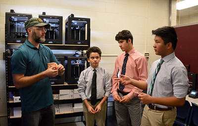 Howard Kaplan (director of the 3-D Print Lab - Advanced Visualization Center at the Shimberg Library) answers questions from our Exploravision Team