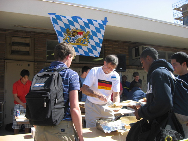 German Club Moderator Herr Dave McClave was the kraut slinger for part of the shift.