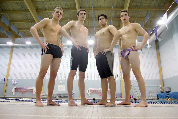 Leominster High School Swim team
