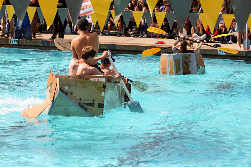 Lexie competes during the Menlo-Atherton High School AP Physics boat race, May 24, 2016.