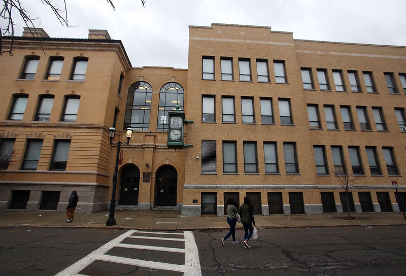 Lowell High School exteriors. (SUN/Julia Malakie)