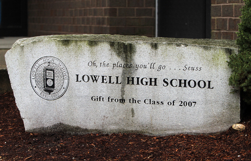 Lowell High School exteriors. (SUN/Julia Malakie)