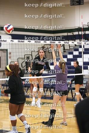 08_31_18 McNeil vs CR Volleyball Var
