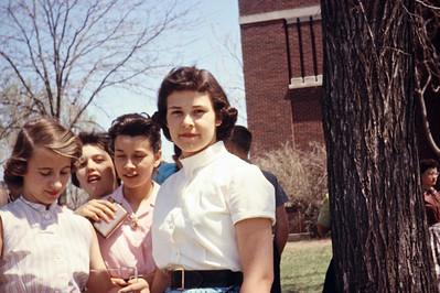 1957-05 - Connie Thiesen, Connie Willer, Diane Sparks, Sherry Dunnington