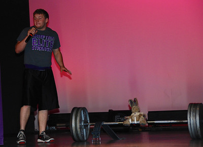 Talent competition: Lifting 400+ pounds.