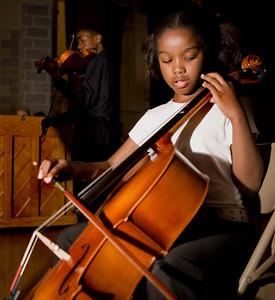 Lincoln Bassett Fifth-grader Corrilisha Telford performs Beethoven's Minuet in G during a Summer Concert at Wilbur Cross 8/2/07.