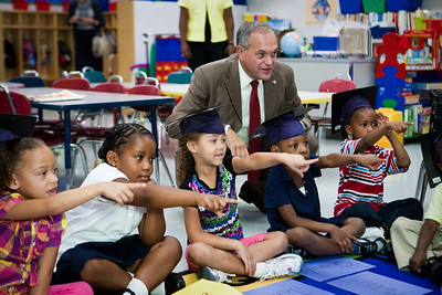 New Haven Mayor John DeStaefano visits a Clarence Rogers kindergarten during a special event on the first day of classes to encourage students to go to college.