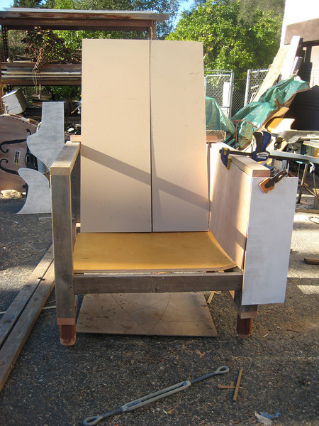 IMG_0292  BELIEVE IT OR NOT LADYS AND GENTS THIS WILL BE A CHAIR THAT LOOKS LIKE ITS MADE O BOOKS!