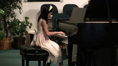 20110326 Otey Piano Recital 09 Helen S
