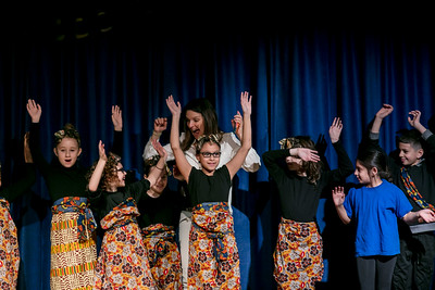 PS166 Grades 3-5 MultiCultural Dance mar2017-8054