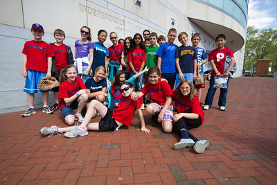 Mr. Stephen's class (missing Erin Michel) in front of the Constitution Center ( http://en.wikipedia.org/wiki/National_Constitution_Center )