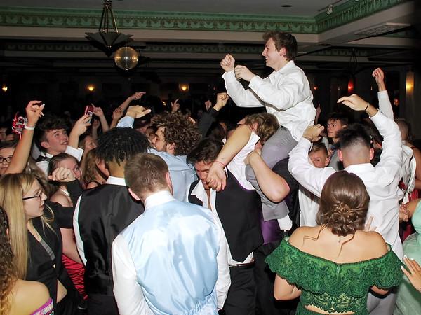 Harrison Hadley revs-up the the crowd on the Paramount Theatre Ballroom's dance floor. (Mark Maynard photo)