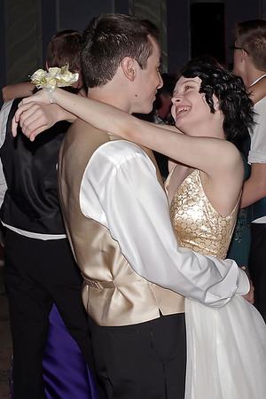 Mark Maynard | for The Herald Bulletin<br /> M. J. Hosier and Julie Anne Propper slow-dance at the Alexandria-Monroe prom.