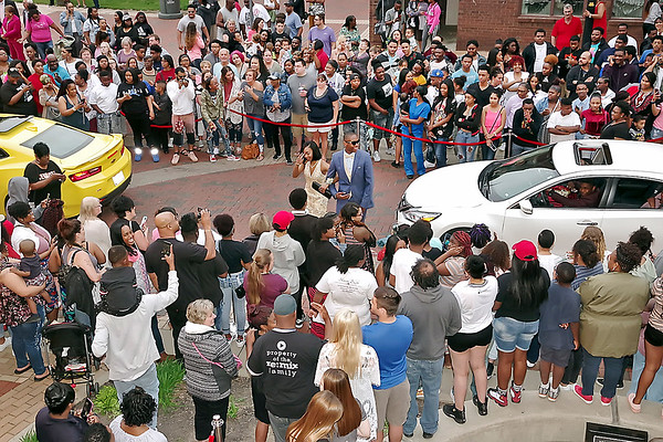 Mark Maynard   for The Herald Bulletin<br /> A large crowd was on hand to greet those arriving at the Paramount Theatre for the Anderson High School Prom on Saturday night.