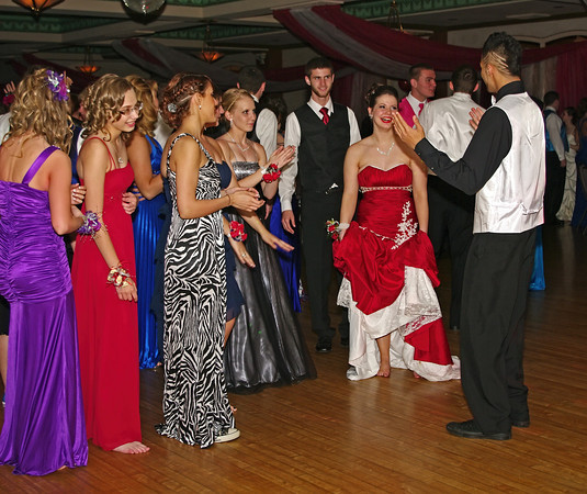 """Alexandria High School """"Greatest Show on Earth"""" prom attendees enjoying the evening together."""