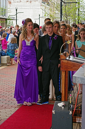 """Destiny Masters and Chris Scott prepare to walk the red carpet at the Alexandria High School """"Greatest Show on Earth"""" prom."""