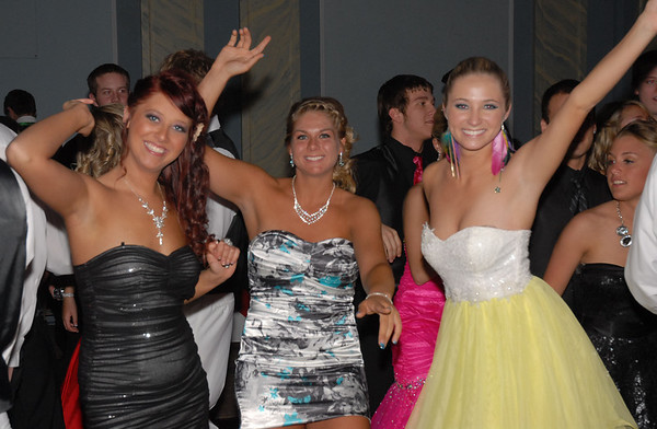 Best friends Vanessa Reismiller, Sami Stintson, and Alexa Munger having a great time at the Frankton Prom.